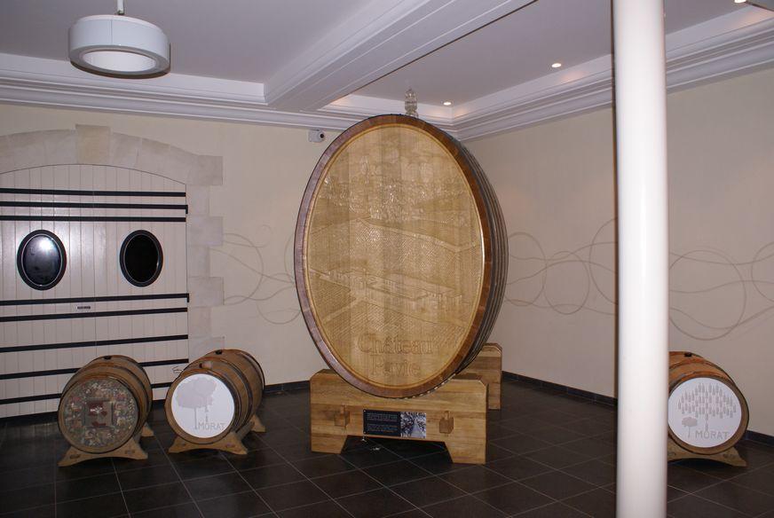 Foudre du château Pavie issu du Chêne de Morat